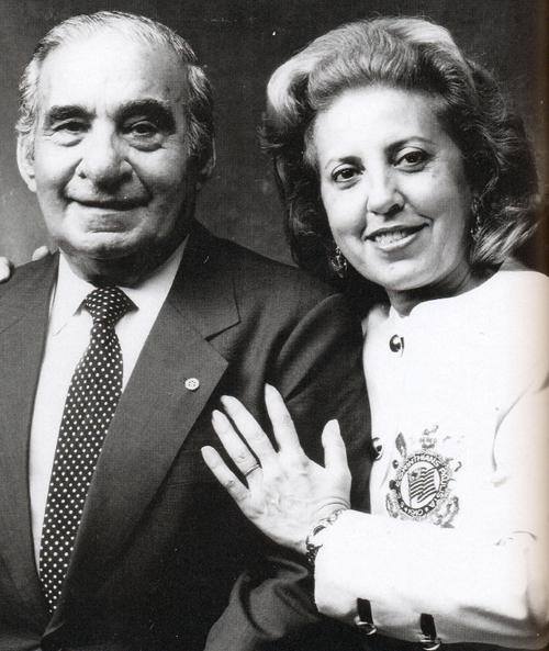 Vicente e Marlene Matheus, eternos presidentes do Corinthians.